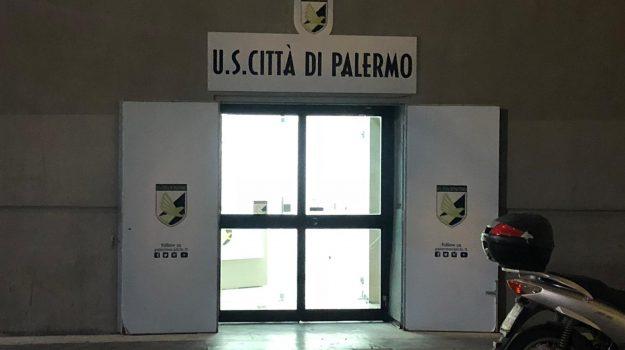 fideiussione, iscrizione Palermo, serie b, Salvatore Tuttolomondo, Palermo, Calcio