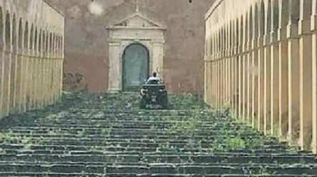 centro storico, paternò, quad, scalinata, Paolo Di Caro, Catania, Cronaca