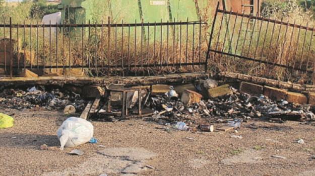 comune di canicattì, rifiuti incendiati, sea-iseda, Agrigento, Politica
