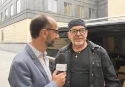 Vasco Rossi al Corriere della Sera: «Non siamo più alla storia, ormai siamo al mito» L'incontro con il rocker italiano che ha fatto il tutto esaurito nelle sei date milanesi del tour - CorriereTV