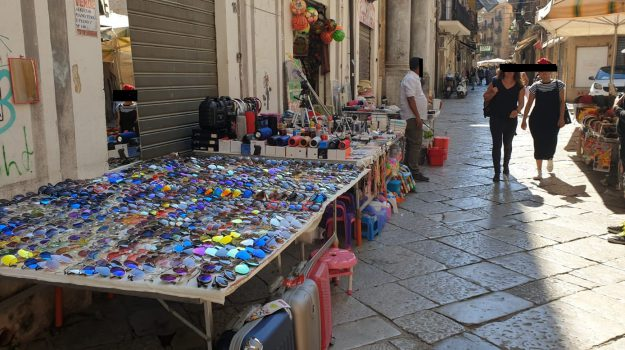 abusivismo, suolo pubblico, Via Bandiera, Palermo, Cronaca