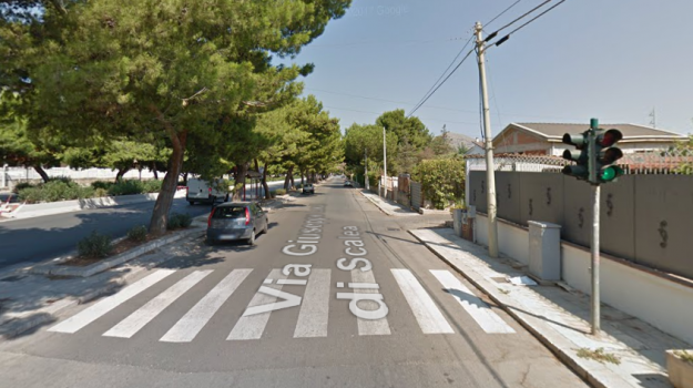 incidente stradale, ospedale ingrassia, pirata della strada, Palermo, Cronaca