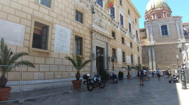 LAVORO, precari, Roberto D'Agostino., Palermo, Economia