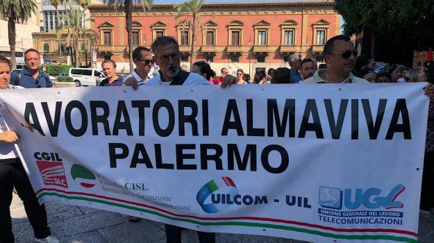 almaviva, Palermo, Economia