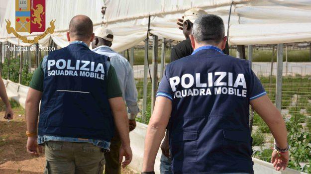 caporalato, migranti, operai, Ragusa, Cronaca