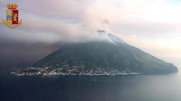 Stromboli, turismo, Messina, Cronaca