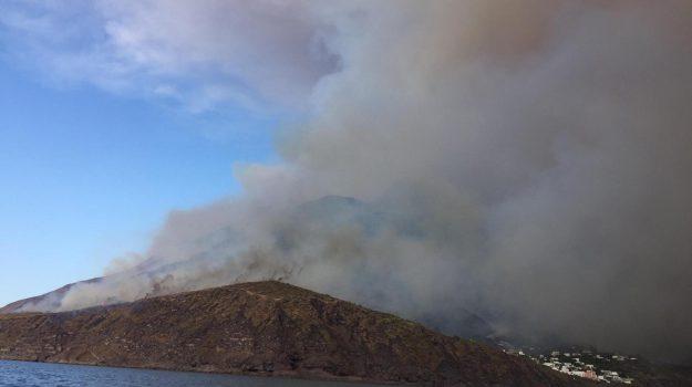 eruzione stromboli, ministro francese, Messina, Cronaca