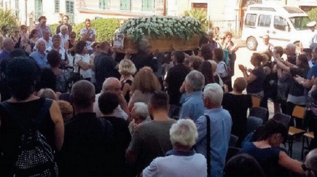 escursionista, funerali, Stromboli, Massimo Imbesi, Messina, Cronaca
