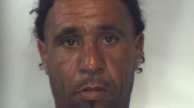 arresti, furti, Gomri Bassam, Trapani, Cronaca