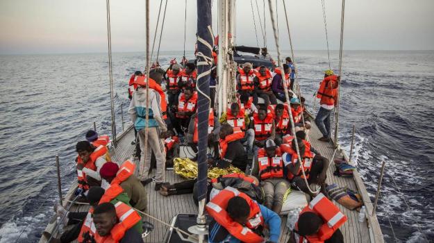 maxi multe Ong, migranti, stretta sbarchi, Matteo Salvini, Sicilia, Politica