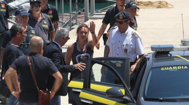 Arresto Carola, Sea Watch, Carola Rackete, Agrigento, Cronaca