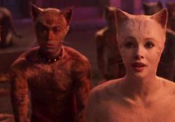 Cats, il primo trailer del film: i gatti-umani bocciati dalla Rete, «Terrificanti» Critiche alla rappresentazione cinematografica dei personaggi, per alcuni «I gatti umanizzati sono ridicoli» - Corriere Tv
