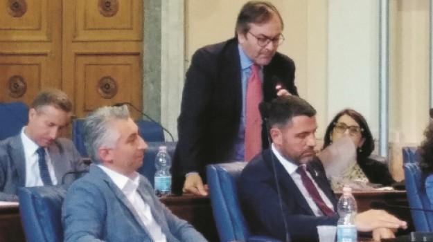 bilancio, comuni, Luciana Camizzi, Michele Giarratana, Caltanissetta, Politica
