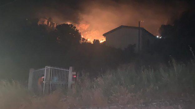 alia, incendio, Valledolmo, Palermo, Cronaca