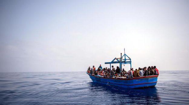 migranti, ong, Sicilia, Mondo