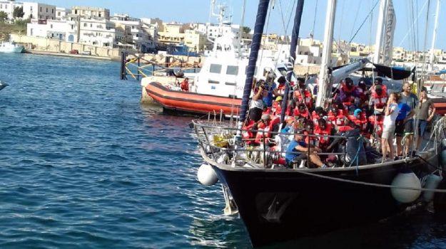 migranti, nave Alex, Matteo Salvini, Agrigento, Cronaca