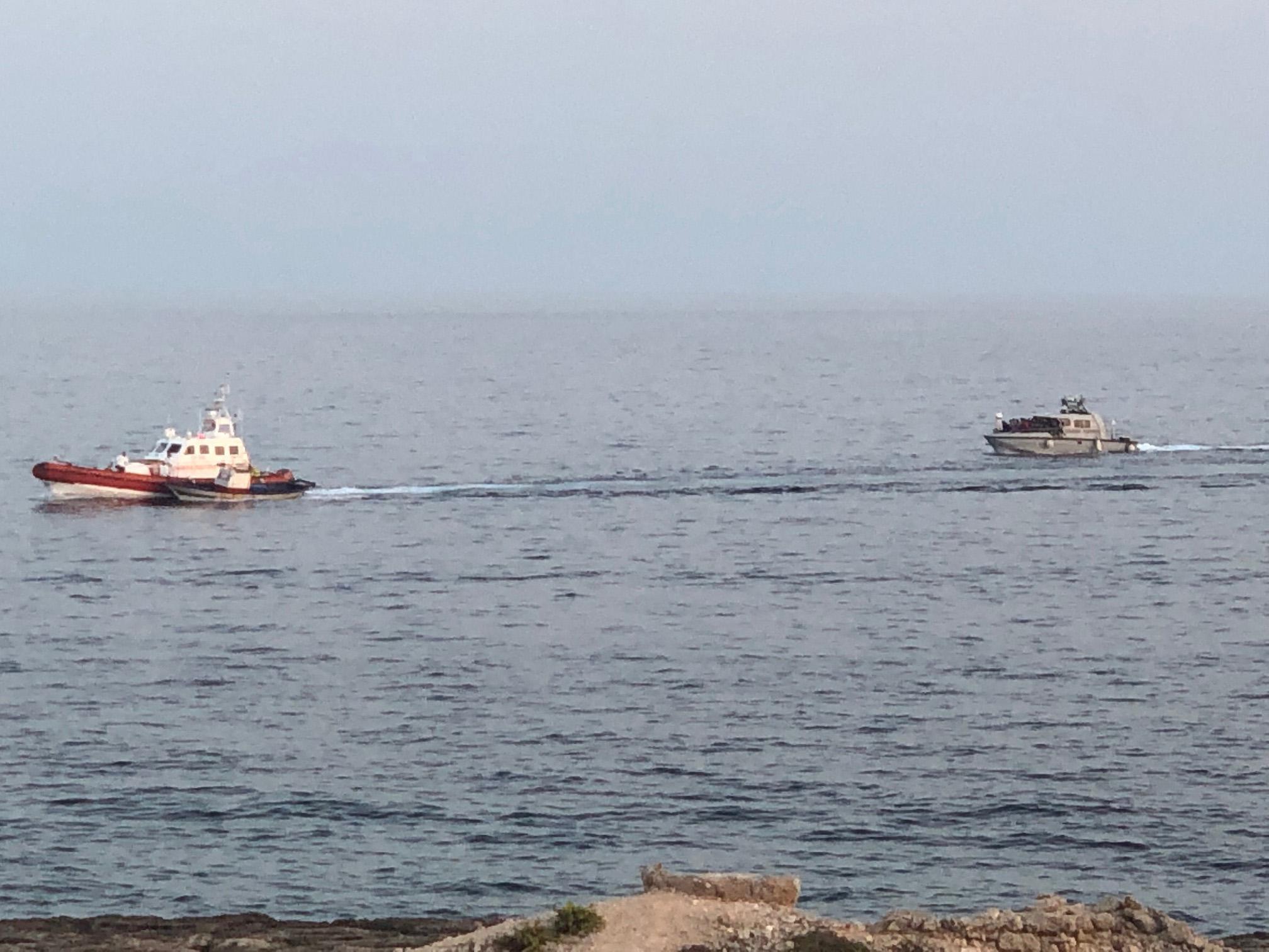 Mini Sbarchi A Lampedusa: In Poche Ore Arrivati 69