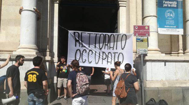 Concorsi truccati Catania, rettorato occupato, Università Bandita, Francesco Basile, Catania, Cronaca