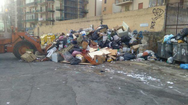 emergenza rifiuti, rap, Palermo, Cronaca