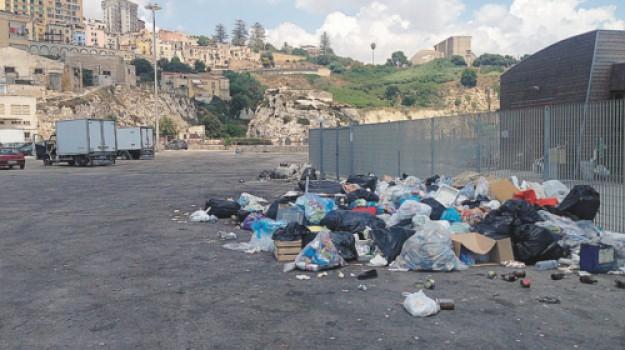 rifiuti, Carmelo Brunetto, Francesca Valenti, Agrigento, Politica