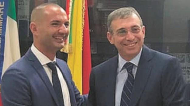 comuni, Vincenzo Abate, Trapani, Politica