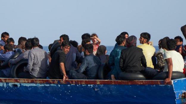 migranti, Gaetano Armao, Marco Falcone, Nello Musumeci, Agrigento, Cronaca