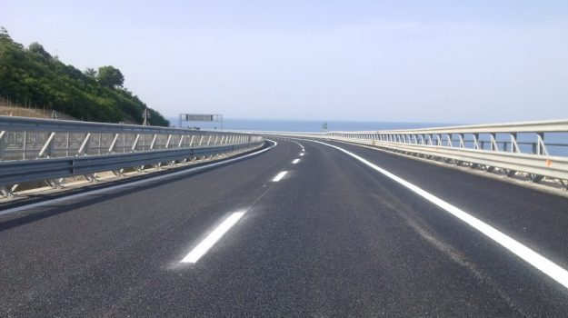 autostrada, Sicilia, Cronaca