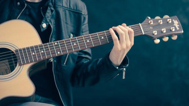 chitarra, musica, Palermo, Società