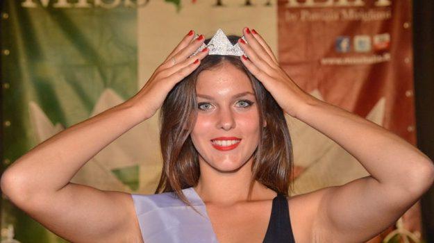 Enna, eletta Miss Eleganza Sicilia Est: è la 18enne Marika Sette