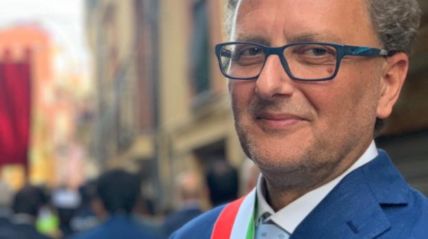 Il sindaco di Enna Maurizio Dipietro
