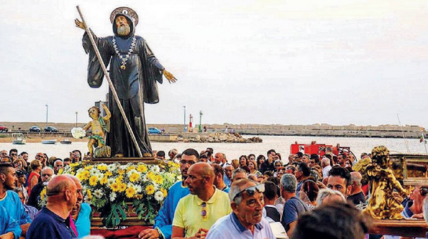 processione, religione, Caltanissetta, Cronaca