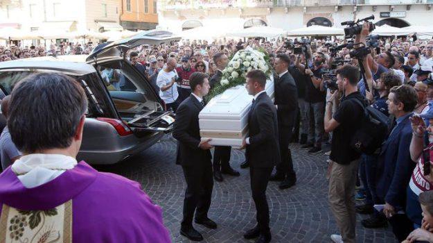 funerali, Nadia Toffa, Sicilia, Cronaca