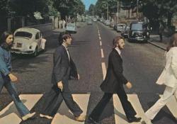 Abbey Road, mezzo secolo dallo scatto che entrò nella storia della musica 50 anni del celebre scatto che entrò a far parte della storia della musica - Ansa