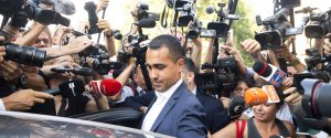 """M5s, Di Maio frena i """"ribelli"""" e lancia il vincolo di mandato"""