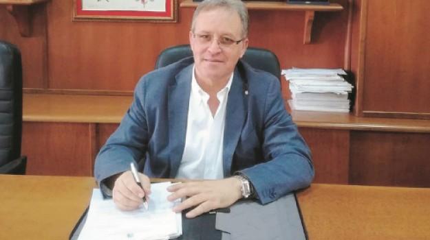 rifiuti, Enzo Greco Lucchina, Agrigento, Economia
