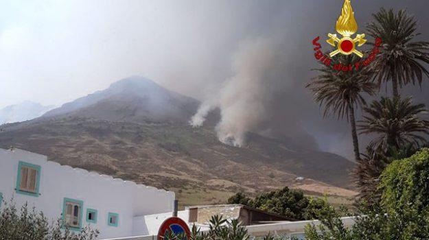 eruzione stromboli, Messina, Cronaca