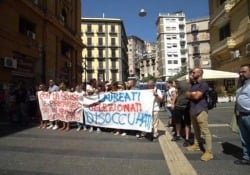 La protesta dei navigator a Napoli In corteo per porre fine al precariato - Ansa