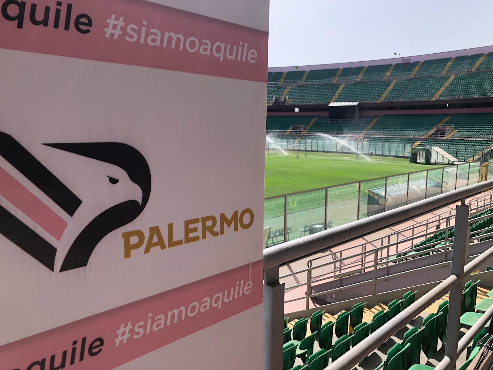 meet 20549 45b06 Palermo, la nuova maglia sarà scelta on line dai tifosi ...