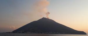 Stromboli, il Consiglio dei Ministri dichiara lo stato d'emergenza