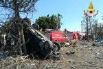 Incidente a Catania, Suv si schianta contro un albero: sei minori feriti