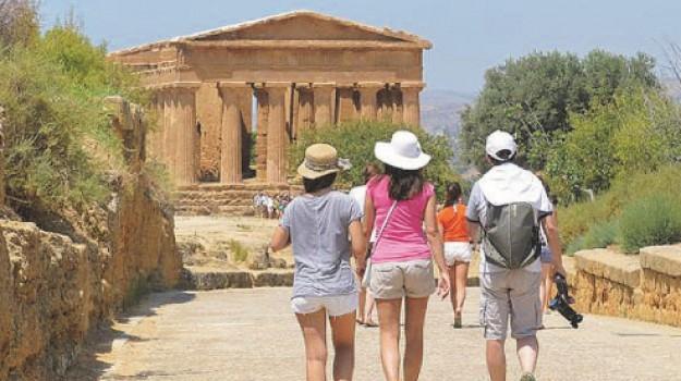 turismo, Gero Acquisto, Lando Pecoraro, Agrigento, Economia