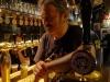 Riaprono i pub, ressa intorno alle strade in Inghilterra