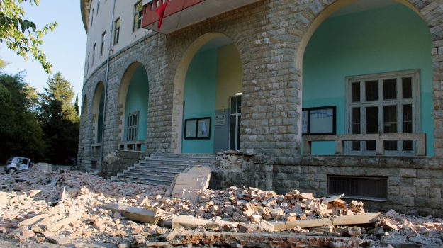albania, terremoto, Sicilia, Mondo