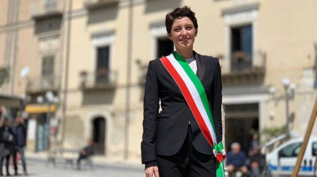 favara, Anna Alba, Agrigento, Politica
