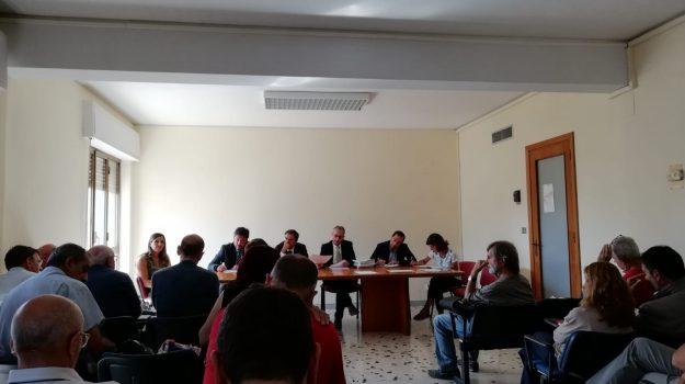 LAVORO, regione, Sicilia, Economia
