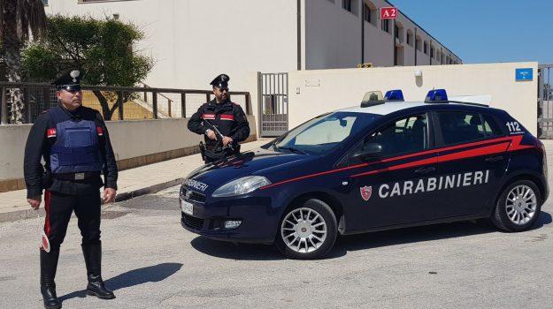 aggressione, carabinieri, Trapani, Cronaca