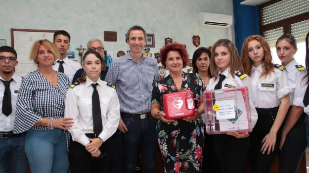 defibrillatore, Catania, Cronaca