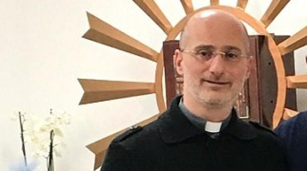 aggressioni, don Antonino Favata, Trapani, Cronaca