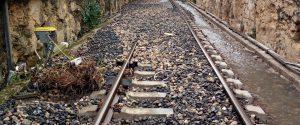 Maltempo, cadono massi: circolazione dei treni sospesa sulla Gela-Modica-Siracusa