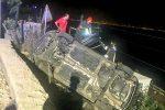 Scaletta Zanclea, auto precipita sui binari: ferita la conducente